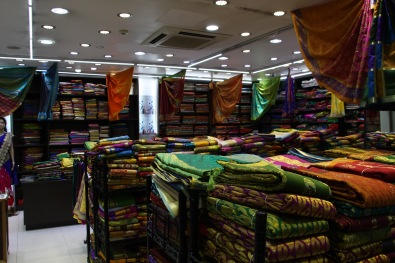 Little India: Sari shop
